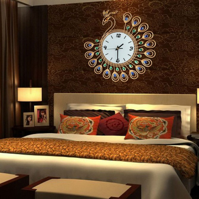 Ng h treo t ng v nh ng c m k trong phong th y m b n - How to get diamonds on design home ...
